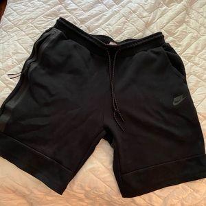 Men's Large Nike basketball shorts